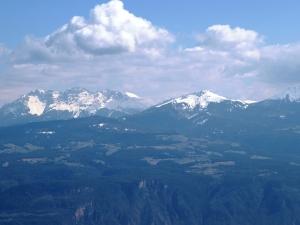 Mendelkamm - Blick auf die Südtiroler Berge