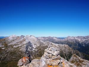 Auf dem Gipfel der Kleinen Wildgrubenspitze